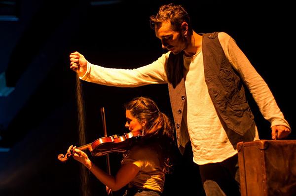 """""""Plancton – historias de errantes"""" de la compañía Hilo Rojo Teatro se une al feSt 2018"""