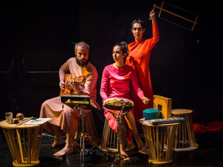 Alba Flores llega a Sevilla con La excepción y la regla de Bertolt Brecht el 25 y 26 de mayo en el Teatro TNT