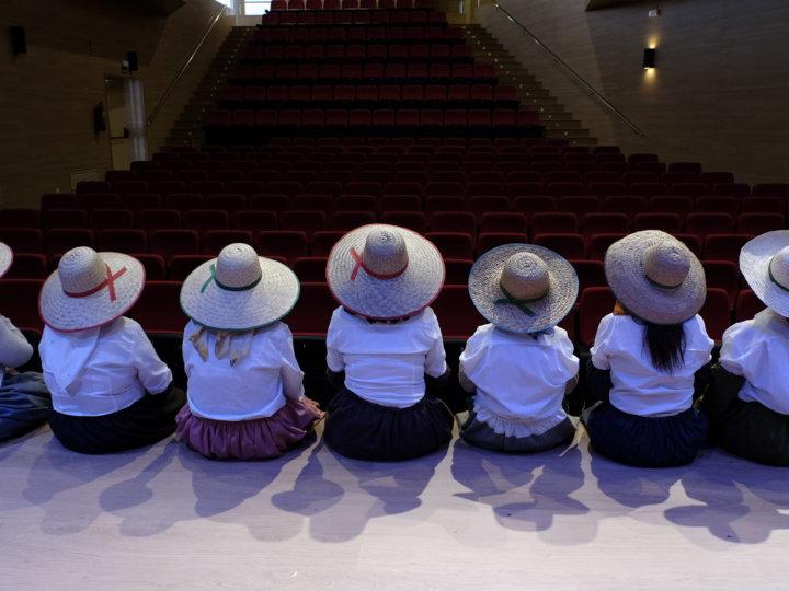 Caminando Juntas, un teatro colectivo vivido, investigado y contado por mujeres.
